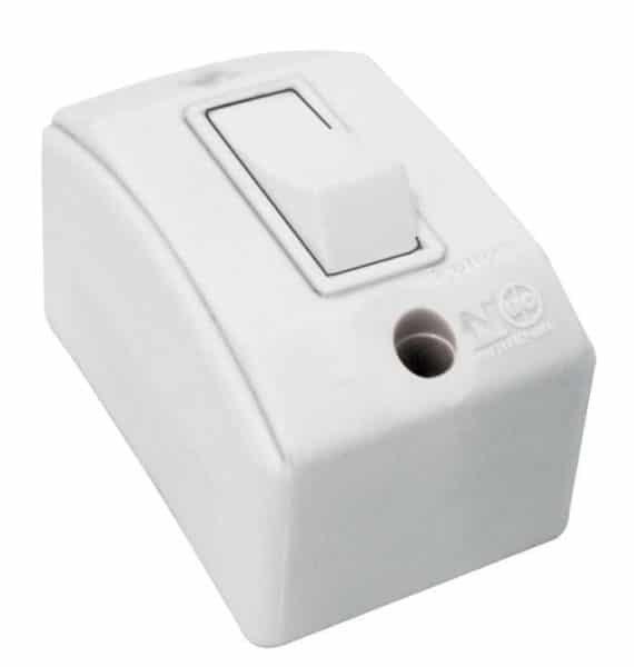 Interruptor Simples 10A - 250V - Conjunto Montado Para Sobrepor 4 Polegada(s) X 2 Polegada(s) (Caixa + Módulo)