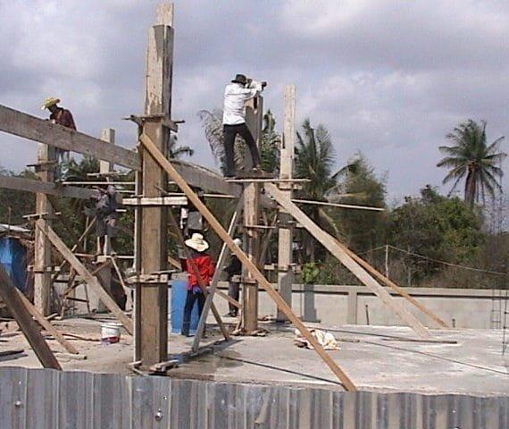 Pilar De Concreto 15x15 Cm Com 3,00 M De Comprimento Para 5 Toneladas De Carga Incluindo Fôrma, Armação e Concreto